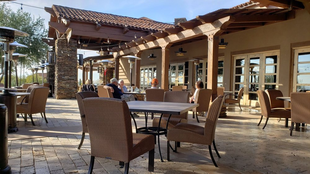 Cayton's patio dining at Dove Mountain Golf Club